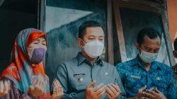 Wabup Karawang Resmikan Rumah Layak Huni di Kampung Cirejag
