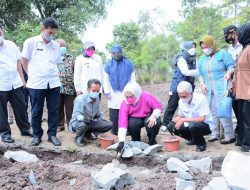 Bangun LPM, Pemkab Karawang Komitmen Pertahankan Status Lumbung Padi Jawa Barat